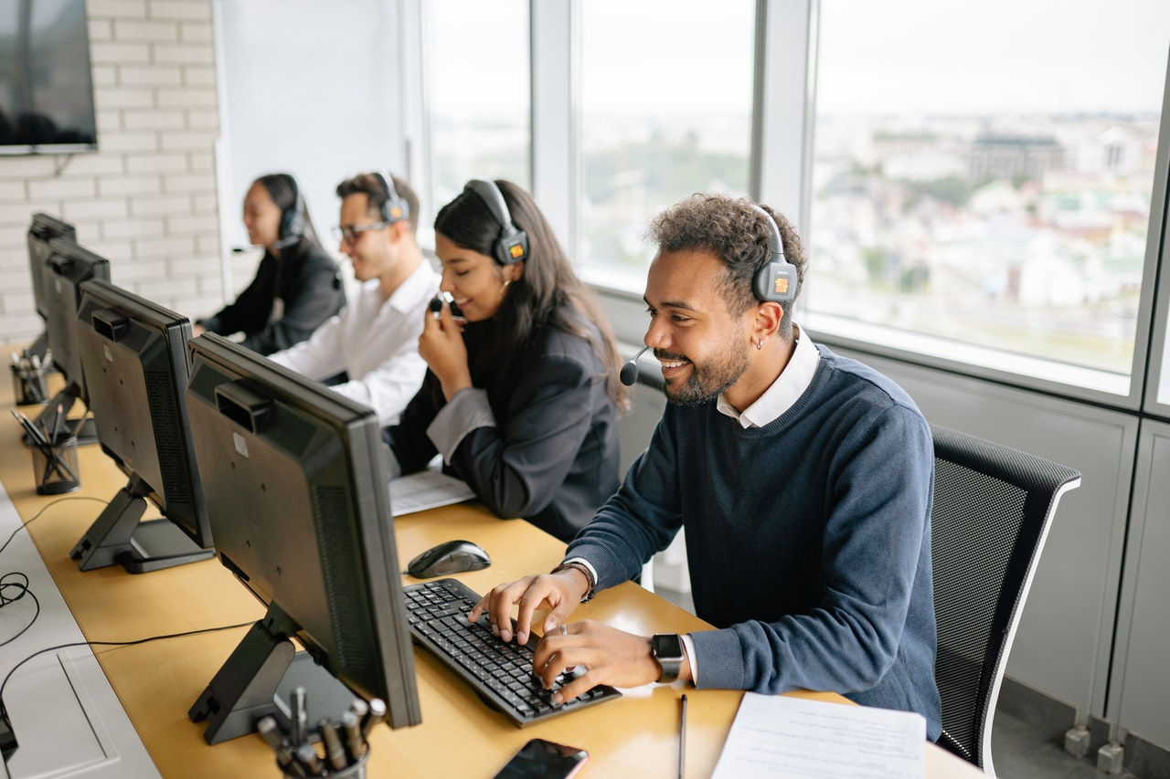 Learn everything about contact center outsourcing.