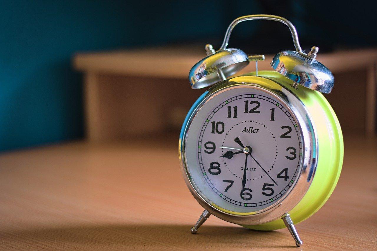 alarm-clock-5433374_1280