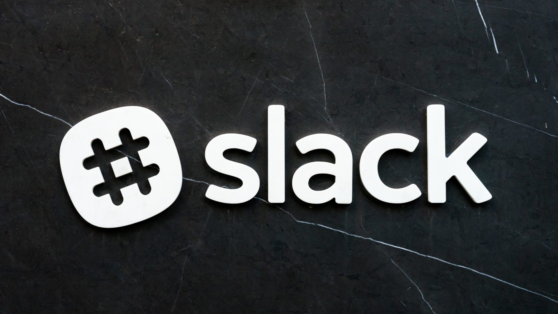 expivia-slack-e1562333316609